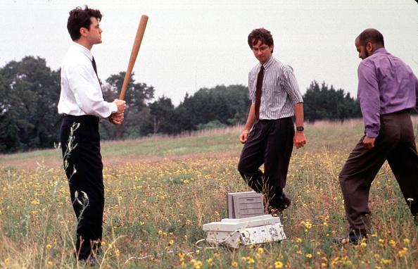 Office「Ron Livingston David Herman And Ajay Naidu Take Their Ultimate Revenge On Their Dreaded Nemesis Th」:写真・画像(11)[壁紙.com]