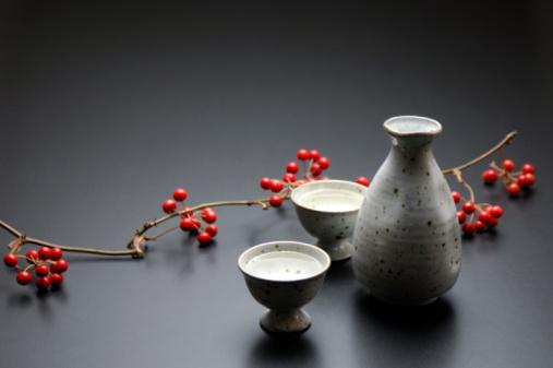 Sake「Sake and smilax china」:スマホ壁紙(1)