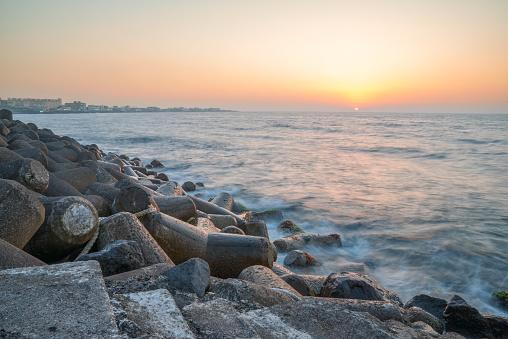 済州島「Sunset along coast, Jeju Island, South Korea」:スマホ壁紙(6)