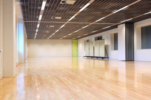 Dancing「Empty dance studio」:スマホ壁紙(0)