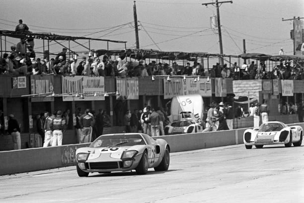 Ford GT「Jacky Ickx, Vic Elford, 12 Hours Of Sebring」:写真・画像(11)[壁紙.com]