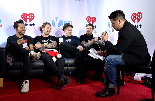 T 「Y100's Jingle Ball 2013 Presented By Jam Audio Collection - Press Room」:写真・画像(18)[壁紙.com]