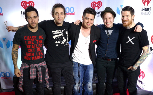 T 「Y100's Jingle Ball 2013 Presented By Jam Audio Collection - Press Room」:写真・画像(19)[壁紙.com]