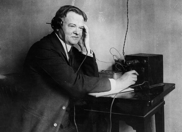 United States Presidential Election「Hoover Tunes In」:写真・画像(0)[壁紙.com]