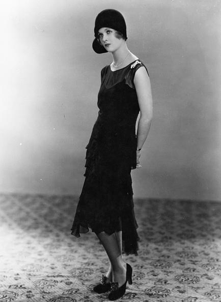 Fashion Model「Joan Bennett」:写真・画像(1)[壁紙.com]