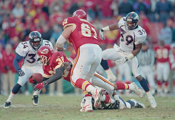 スポーツ用品「Denver Broncos vs Kansas City Chiefs」:写真・画像(13)[壁紙.com]