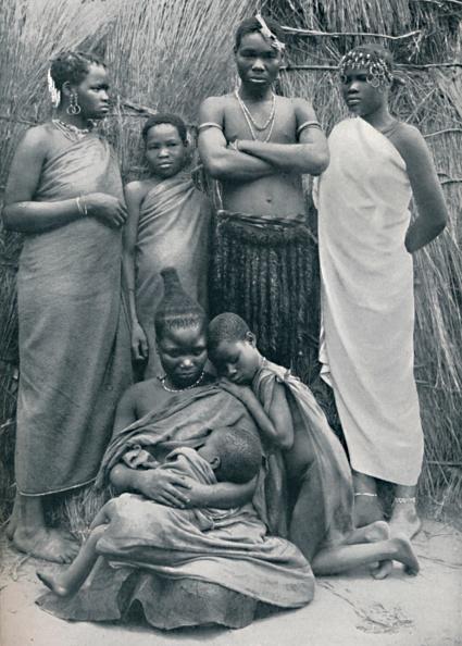 Southern Africa「A Zulu Family Group」:写真・画像(19)[壁紙.com]