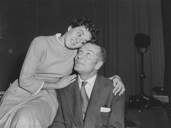 Performer「Sir Laurence Olivier And Joan Plowright」:写真・画像(0)[壁紙.com]