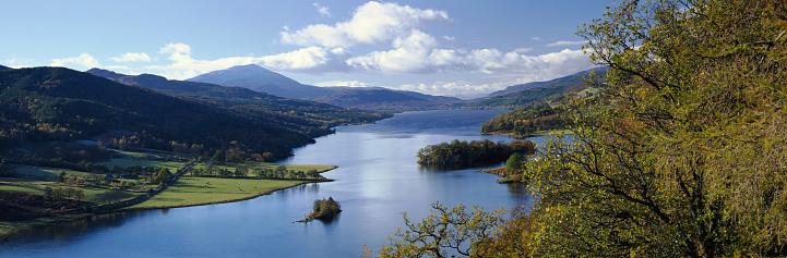 スコットランド文化「Scotland, Perthshire, Loch Tummel, autumn」:スマホ壁紙(11)