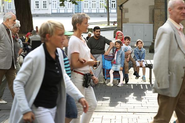 リラクゼーション「In Goslar, Refugees Have Become Part Of The Town Fabric」:写真・画像(3)[壁紙.com]