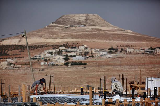 Israel Approves Further Disputed Settler Housing:ニュース(壁紙.com)