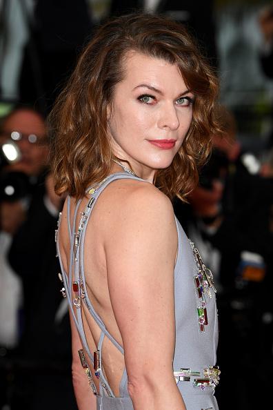 ミラ・ジョヴォヴィッチ「'Burning (Beoning)' Red Carpet Arrivals - The 71st Annual Cannes Film Festival」:写真・画像(0)[壁紙.com]