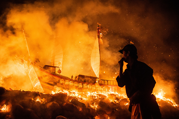 Bestof「Taiwanese Celebrate The Wang Yeh Boat Burning Festival In Pingtung」:写真・画像(19)[壁紙.com]