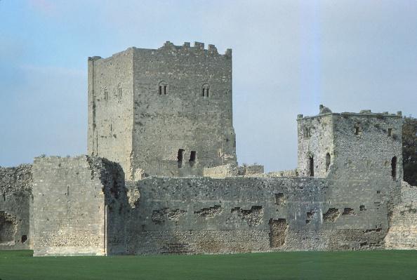 Strategy「Porchester Castle」:写真・画像(6)[壁紙.com]
