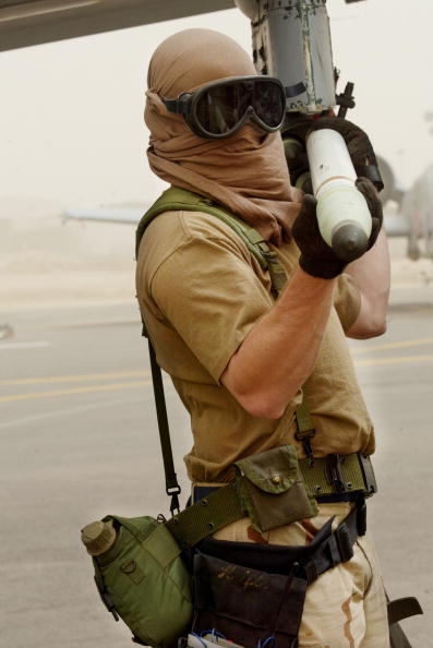 Plant Pod「U.S. And British Forces Prepare For Possible War Against Iraq 」:写真・画像(17)[壁紙.com]