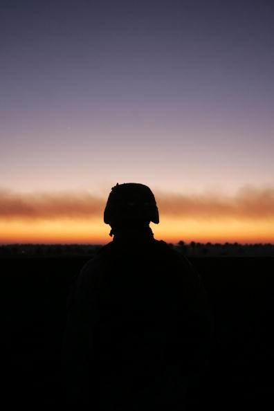 Responsibility「U.S. And Iraqi Troops Battle Rising Insurgency」:写真・画像(11)[壁紙.com]