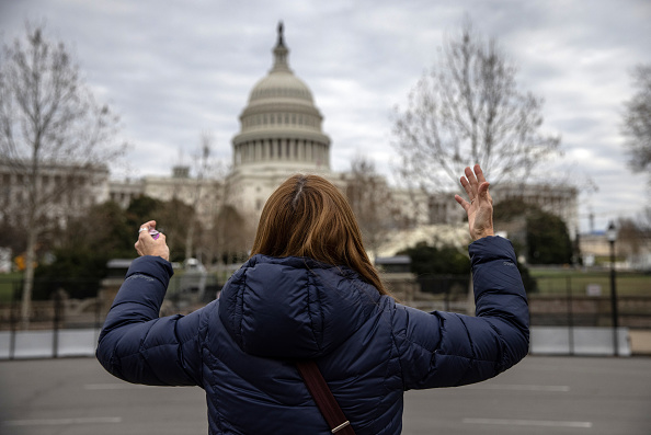 Capitol Hill「Washington D.C. Tense After U.S. Capitol Is Stormed By Protestors On Wednesday」:写真・画像(17)[壁紙.com]
