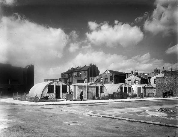 Damaged「Nissen Huts」:写真・画像(9)[壁紙.com]