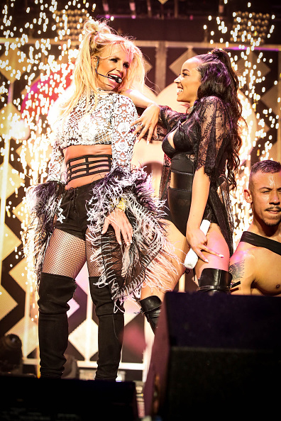ブリトニー・スピアーズ「102.7 KIIS FM's Jingle Ball - Show」:写真・画像(13)[壁紙.com]