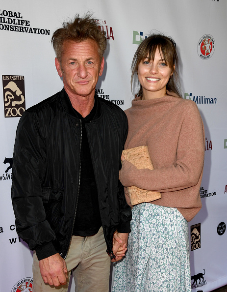 "Sean Penn「The Greater Los Angeles Zoo Association Hosts ""Meet Me In Australia"" To Benefit Australia Wildfire Relief Efforts - Red Carpet」:写真・画像(1)[壁紙.com]"