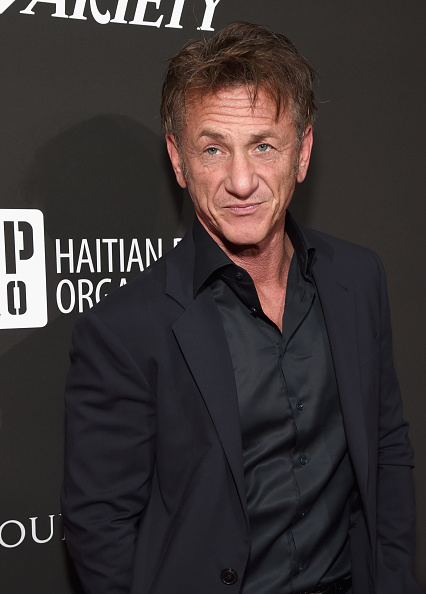 Sean Penn「SEAN PENN J/P HRO GALA: A Gala Dinner to Benefit J/P Haitian Relief Organization and a Coalition of Disaster Relief Organizations」:写真・画像(7)[壁紙.com]