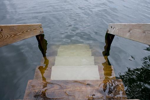 Destruction「Wooden Steps Submerged in Flooding Water」:スマホ壁紙(0)