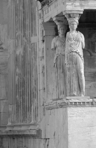 Figurine「Statues on an ancient historical building in Athens, Greece」:スマホ壁紙(17)