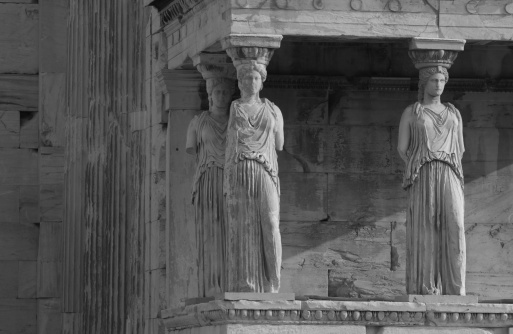 Figurine「Statues on an ancient historical building in Athens, Greece」:スマホ壁紙(15)