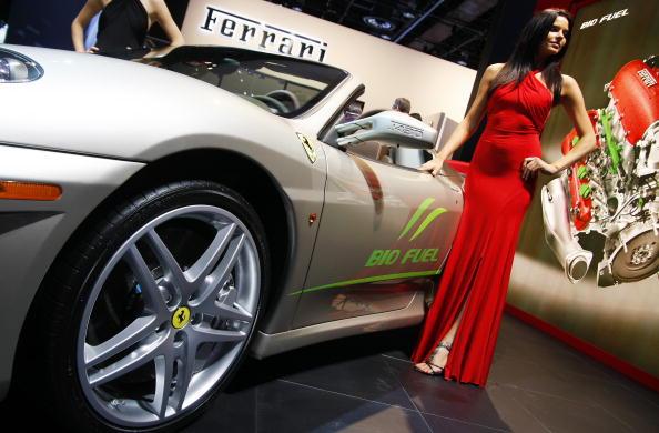 Power Supply「Detroit Auto Show Previews Newest Car Models」:写真・画像(19)[壁紙.com]