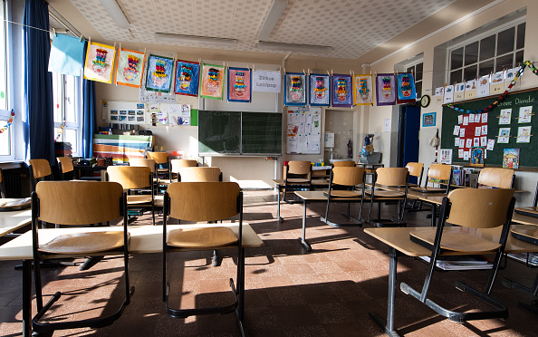 Education「Schools Begin Closing Across Germany As Measures To Stem Coronavirus Spread」:写真・画像(3)[壁紙.com]