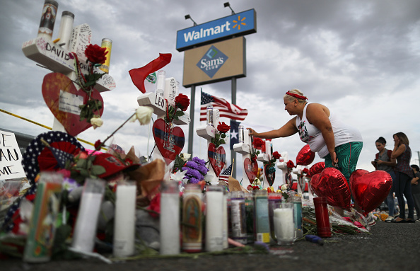 Wal-mart「22 Dead And 26 Injured In Mass Shooting At Shopping Center In El Paso」:写真・画像(7)[壁紙.com]