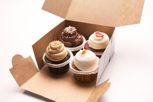 Cake「Four Cupcakes」:スマホ壁紙(17)