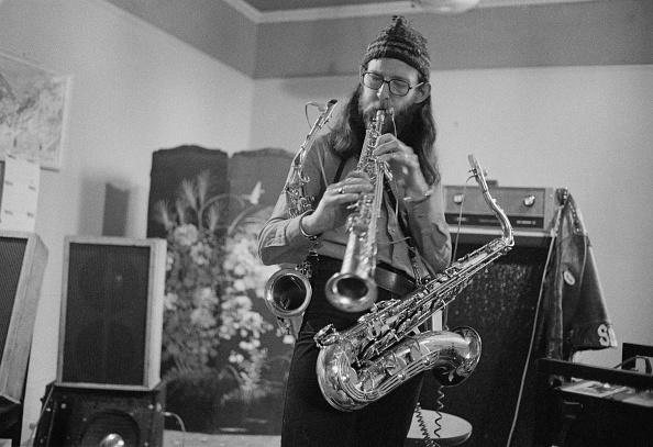 Michael Putland「Van Der Graaf Generator Saxophonist」:写真・画像(17)[壁紙.com]