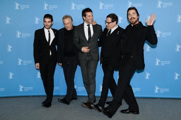 Ian Gavan「'American Hustle' Photocall - 64th Berlinale International Film Festival」:写真・画像(0)[壁紙.com]
