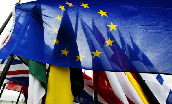 Scrutiny「Security On High Alert Ahead Of EU Enlargement Ceremony」:写真・画像(12)[壁紙.com]