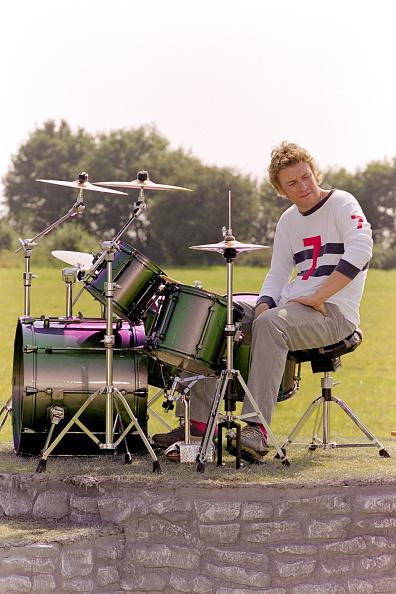 Drummer「Jamie Oliver Scarlet Division 1999」:写真・画像(10)[壁紙.com]