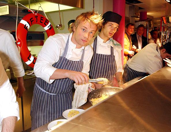 Kitchen「Jamie Oliver's New Restaurant Opening」:写真・画像(4)[壁紙.com]