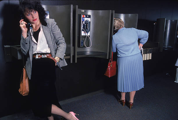 Diane von Furstenberg At Kennedy Airport:ニュース(壁紙.com)
