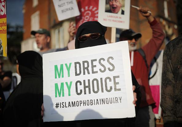 Burka「Protest Following Boris Johnson's Burka Comments」:写真・画像(2)[壁紙.com]