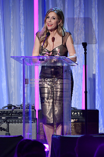 Amy Sussman「The Women's Cancer Research Fund's An Unforgettable Evening Benefit Gala - Show」:写真・画像(19)[壁紙.com]