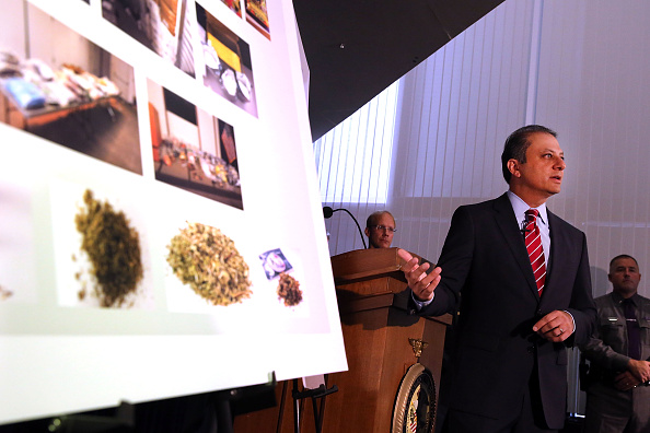 Spice「NYPD Chief Bratton And US Attorney Bharara Announce Charges Against Synthetic Marijuana Manufacturers」:写真・画像(3)[壁紙.com]