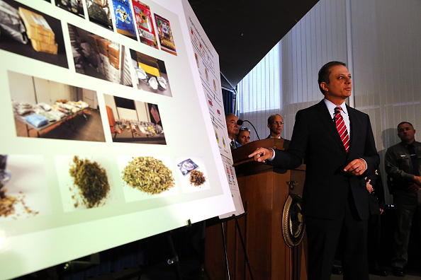 Spice「NYPD Chief Bratton And US Attorney Bharara Announce Charges Against Synthetic Marijuana Manufacturers」:写真・画像(4)[壁紙.com]