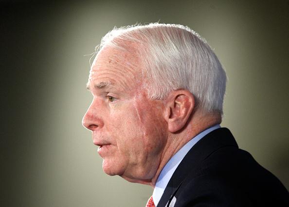 Alex Wong「John McCain Delivers Address On War In Afghanistan」:写真・画像(18)[壁紙.com]