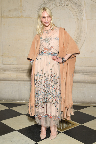 春夏コレクション「Christian Dior : Photocall - Paris Fashion Week - Haute Couture Spring Summer 2018」:写真・画像(9)[壁紙.com]