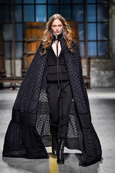 Sasha「Dsquared2 - Runway - Milan Men's Fashion Week Fall/Winter 2017/18」:写真・画像(5)[壁紙.com]