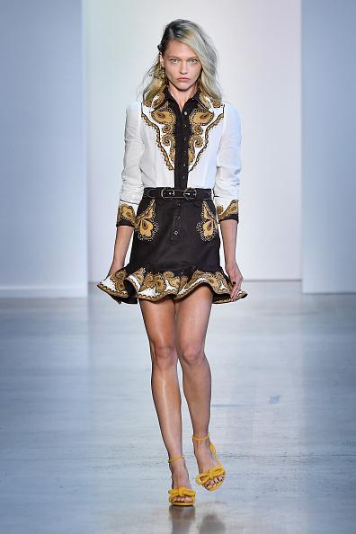 Sasha「Zimmermann - Runway - September 2018 - New York Fashion Week: The Shows」:写真・画像(10)[壁紙.com]