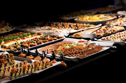 Buffet「Salmon, meat and bruschetta buffet selection」:スマホ壁紙(16)