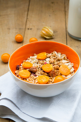 Chinese Lantern「Bowl with cereals and physalis」:スマホ壁紙(1)