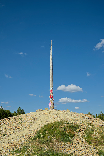 Camino De Santiago「Spain, The Way of St James, Camino Frances, Iron cross at Monte Irago」:スマホ壁紙(9)