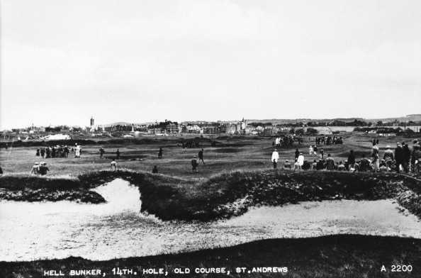 Sand Trap「'Hell Bunker, 14th hole, Old Course, St Andrews', c1910.」:写真・画像(17)[壁紙.com]